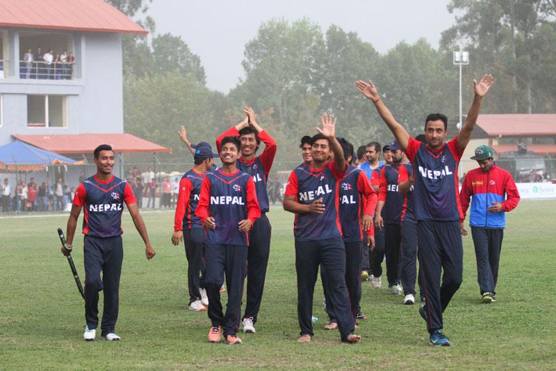 डिभिन २ : नेपाल र क्यानाडाबीचको खेल शुरु, टस जितेर नेपाल फिल्डिङमा