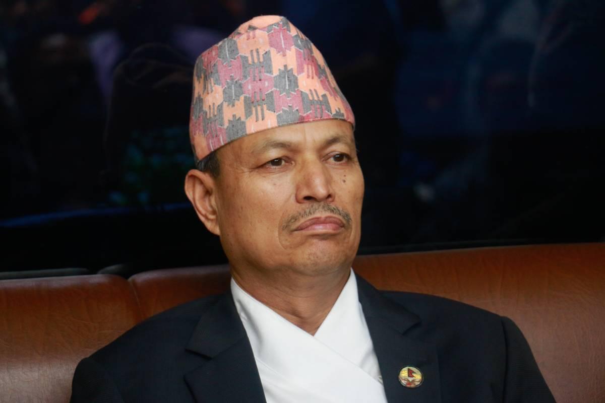 नेपाल-खनाल समुह बैठकः   ओलीलाई  विश्वासकाे मत नदिने निर्णय