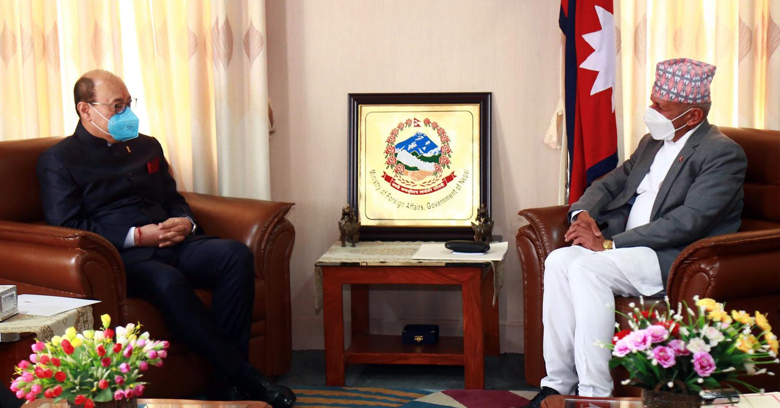 परराष्ट्रमन्त्री ज्ञवाली र भारतीय विदेशसचिव श्रृंगलाबीच भेटवार्ता