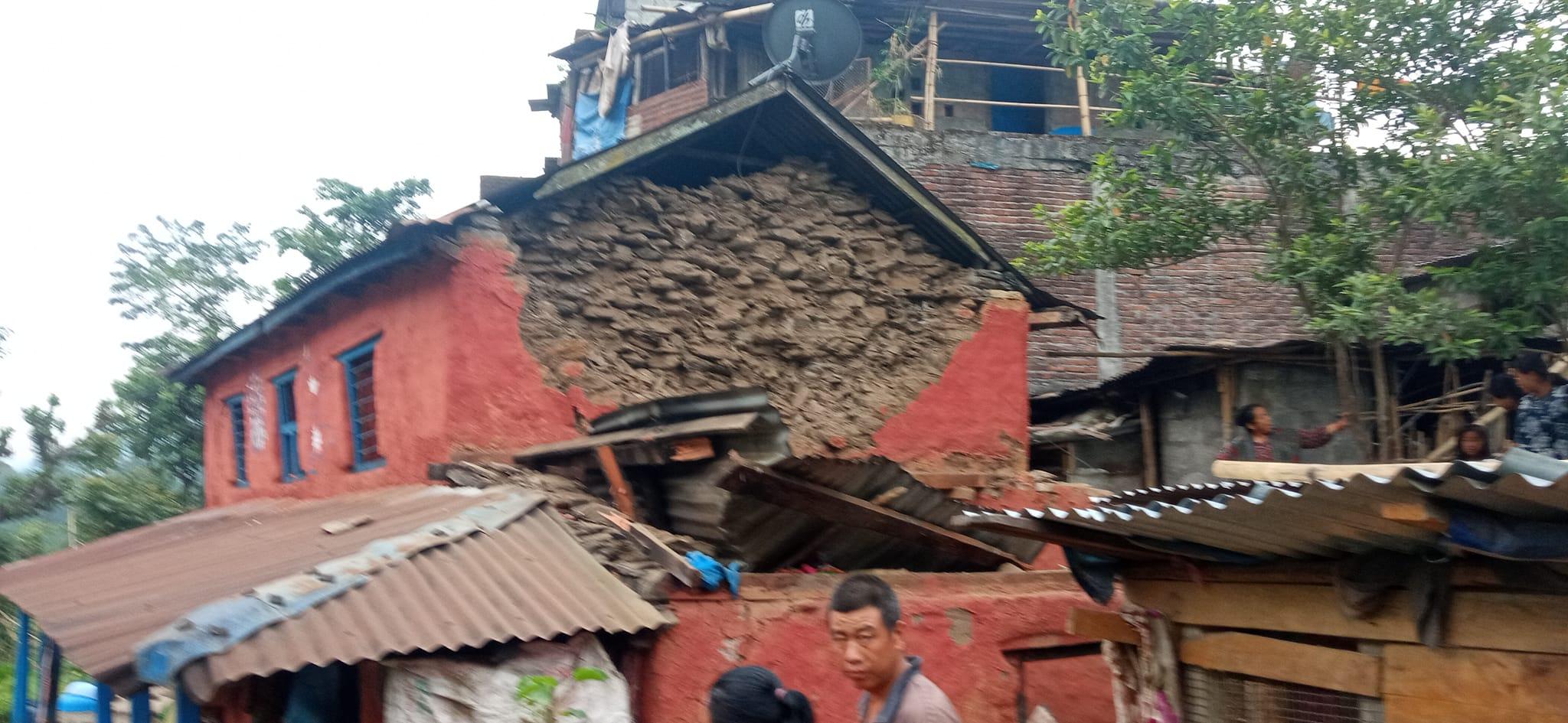 लमजुङ केन्द्र भएर आज बिहान ५.३ म्याग्निच्युडको भूकम्पकाे धक्का