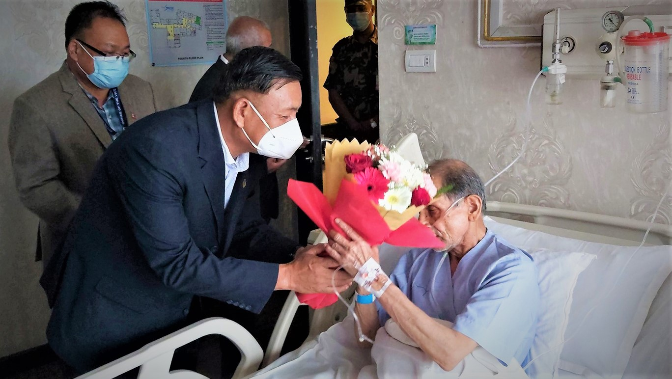 उपराष्ट्रपति नर्भिक पुगे, वैद्यको स्वास्थ्यावस्थाबारे लिए जानकारी